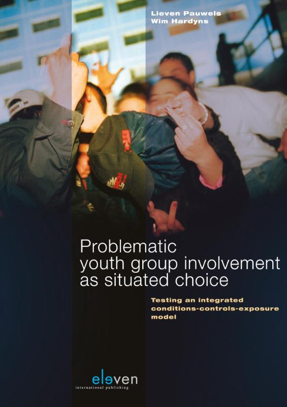 Problematic youth group involvement as situated choice